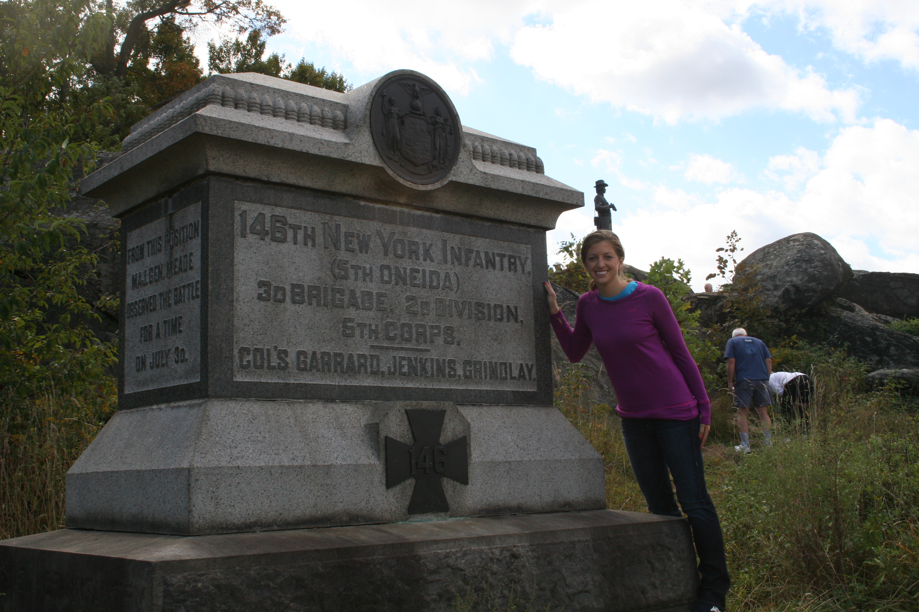 photo essay gettysburg staff ride sais dc anne gillman second year southeast asia m a student poses at the statue of