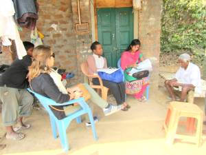 SAIS students Hilary Kinka and Chimdi Onwudiegwu talk to locals during the IDev trek to India.(Jameel Khan)