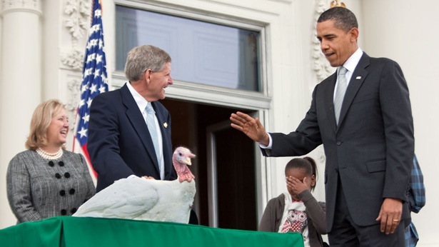 Obama_ThanksGiving_Turkey_Pardon_2009